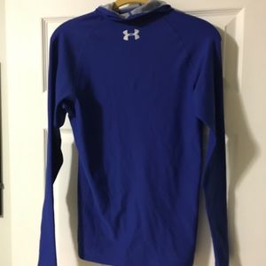 Under Armour long-sleeved Hooded Shirt